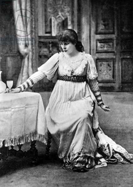 "Sarah Bernhardt (1844-1923) in Paris, 1901, in the title role of Victorien Sardou's play ""La Tosca"""