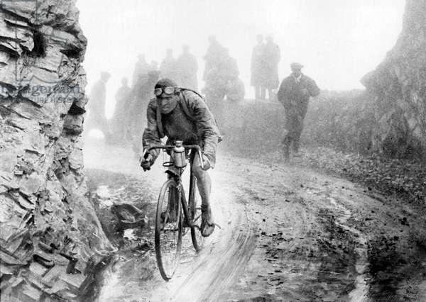 Lucien Buysse during France cycling race 1926