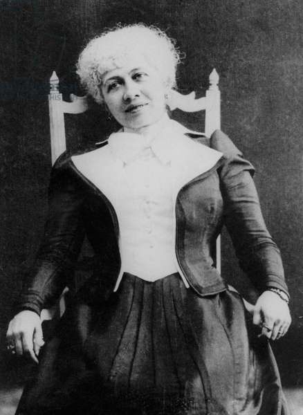 Caroline Remy known as Severine (1855-1929) French libertarian feminist militant for right to vote in France early 20th century voter