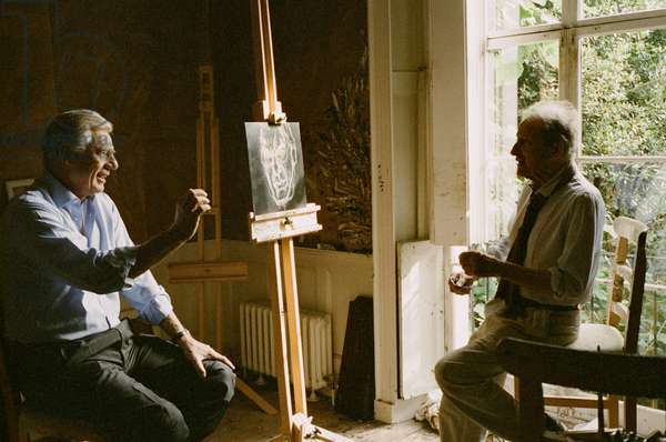 Lucian Freud and William Acquavella with etching, 2005 (photo)