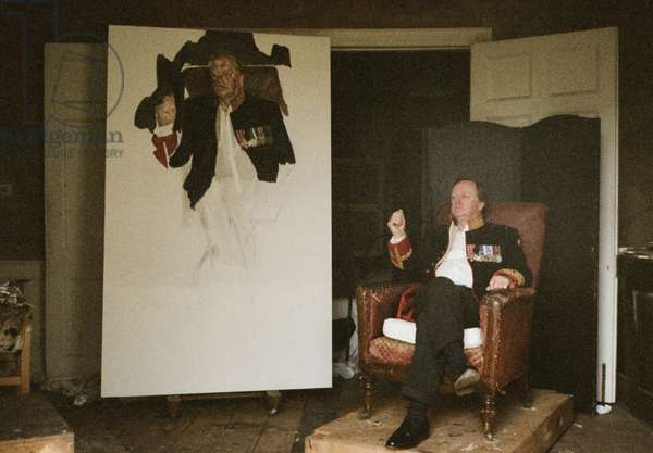 Brigadier Andrew Parker-Bowles with his portrait, 2003 (photo)