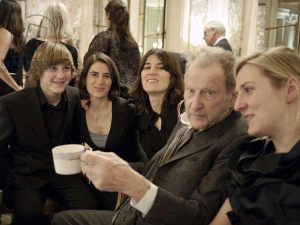 Lucian Freud, Alfie Morrissey, Esther and Bella Freud, Susie Boyt, Paris, 2010 (photo)