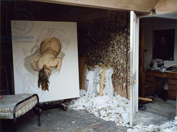 Interior of Lucian Freud's studio with 'Night Portrait - Face Down', 1999-2000 (photo)