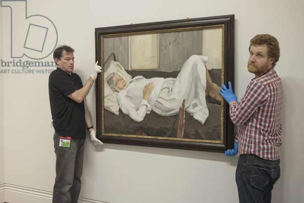 Installation of 'The Painter's Mother' (1982-84) for Lucian Freud's posthumous exhibition, National Portrait Gallery, London, February 2012 (photo)