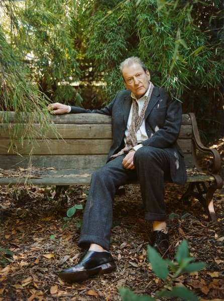 Freud in the garden, 2006 (photo)