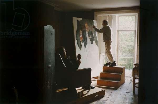 Brigadier Andrew Parker-Bowles with his portrait, 2003 (photo)