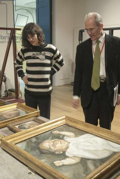 Bella Freud and Sandy Nairne preparing for Lucian Freud's posthumous exhibition, National Portrait Gallery, London, February 2012 (photo)