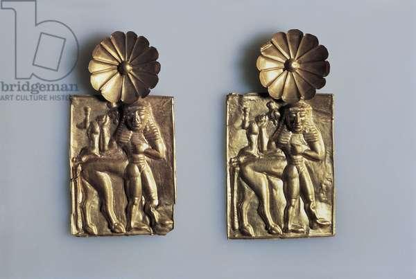 Gold foils with figure of centaur, from Kamiro, Rhodes