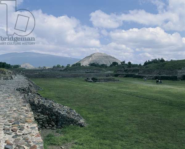 High angle view of the old ruins, Avenue Of The Dead, Teotihuacan, Mexico City, Mexico