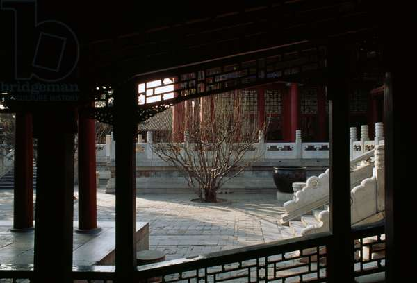 Pavilion in  Court of benevolence and longevity, Summer palace (Unesco World Heritage List, 1998), Beijing, China, 19th century (photo)