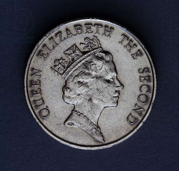 5 dollars coin, 1989, obverse, portrait of queen Elizabeth II (1926-), Hong Kong, 20th century