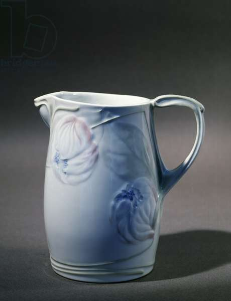 Pitcher in Limoges porcelain with floral decorations on white background, 1900 (porcelain)