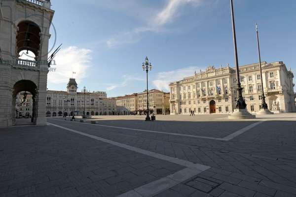 Piazza dell'Unita' (Unity Square), Trieste, Friuli-Venezia Giulia, Italy