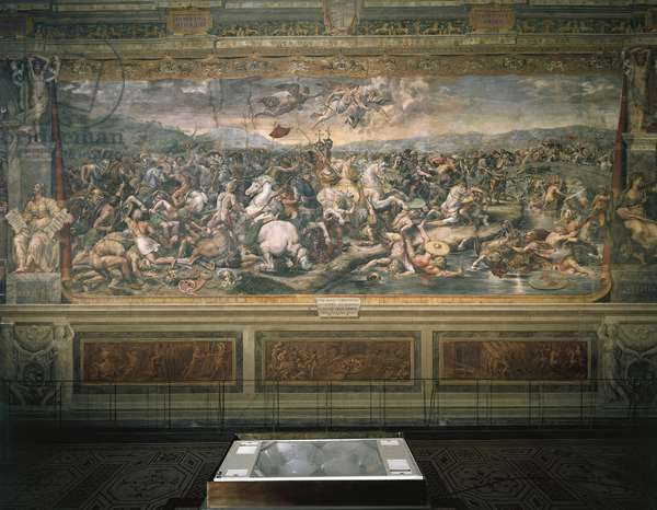 Fresco by Raffaello Sanzio (1483-1520) and followers (1517-1524), depicting the Battle of Ponte Milvio, Sala di Costantino, Vatican Rooms, Vatican Palace, Vatican City.