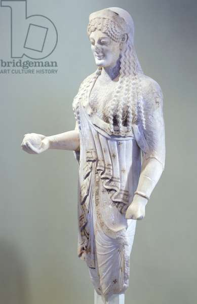Kore 680, sculpture of archaic age from Acropolis in Athens, Greek Civilization, ca 520-530 BC