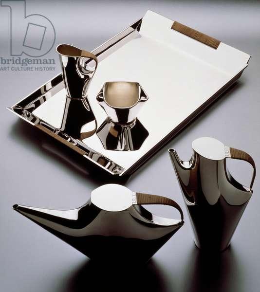 Silver Como tea and coffee set, 1957, designed by Lino Sabattini (1925-) for Christofle. 20th century.