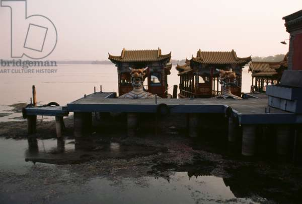 Tourist boats on  bank of Kunming lake, near Summer palace, Beijing, China (photo)