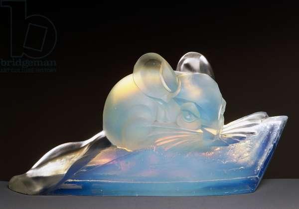 Satinated opalescent glass chinchilla, ca 1940, Marius Ernest Sabino (1878-1961), Cappellin master glassmakers of Murano (CMVM), Italy, 20th century