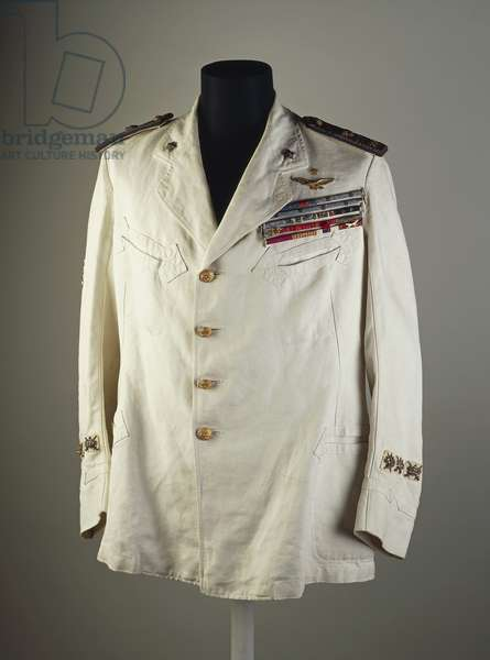 Jacket of Gabriele D'Annunzio, summer uniform of Commander of Aviation Division, between 1915-1920.