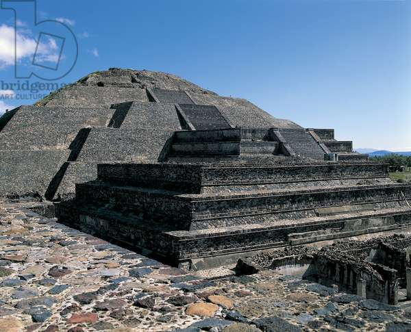 High angle view of old ruins, Avenue Of The Dead, Teotihuacan, Mexico City, Mexico