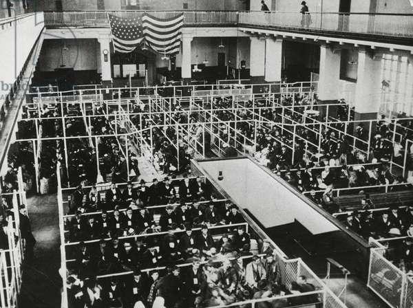 Emigrants awaiting medical examinations, 1905, Ellis Island, New York, United States of America, 20th century