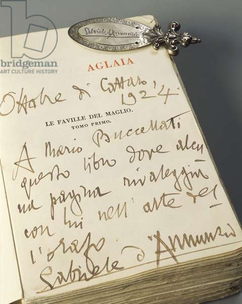 Silver bookmark with adorned handle, handmade engraved with natural motifs and autographical signature of Gabriele D'Annunzio, by Mario Buccellati