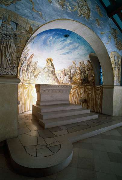 Interior of Chapelle Notre-Dame-de-la-Paix (Chapel of Our Lady Queen of Peace) or Foujita chapel, 1966, design and frescoes by Leonard Foujita (1886-1968), Reims, Champagne-Ardenne, France, 20th century