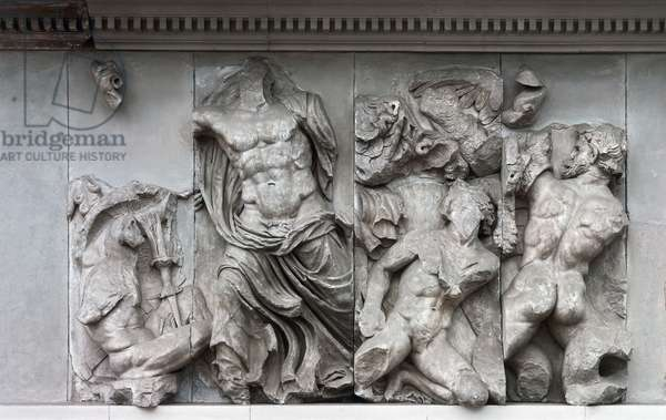 Zeus fighting Porphyrion, Gigantomachy frieze, eastern side of Pergamon Altar, high relief in marble, height 230 cm, Hellenistic civilization, 2nd century BC