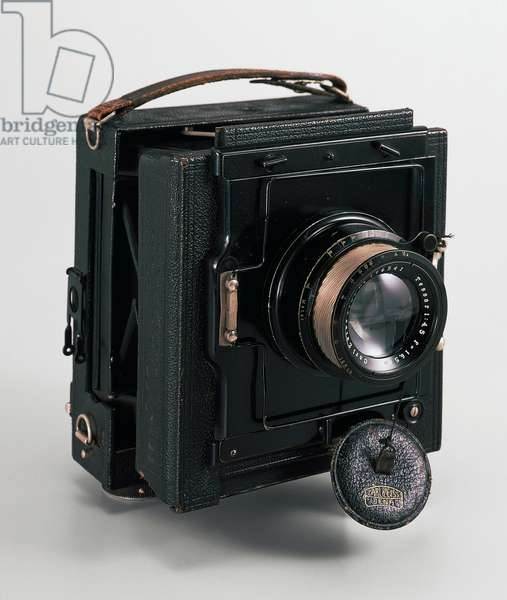 Drop-down camera, made by Zeiss, 1920, Germany, 20th century