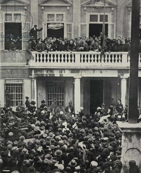 The poet Gabriele D'Annunzio leaving Rijeka, Croatia, January 18, 1921, Free State of Fiume, from L'Illustrazione Italiana, Year XLVIII, No 5, January 30, 1921