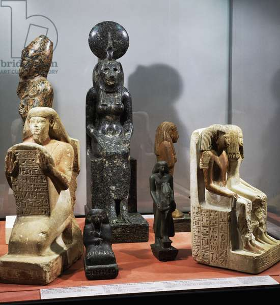 Figurines made from limestone, diorite and stoneware, Egyptian civilization
