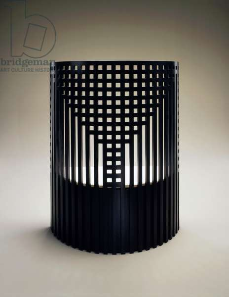 Willow seat with curved lattice back, retro, 1904, by Charles Rennie Mackintosh (1868-1928), black ash, produced by Cassina, United Kingdom, 20th century