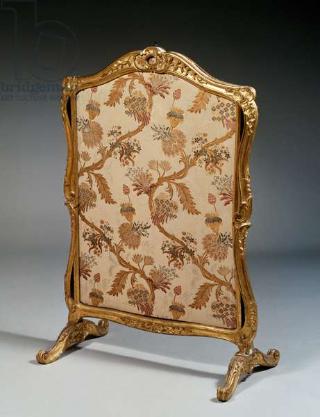 Fire-screen with carved wooden frame, Louis XV style, made by Jean-Baptiste Tilliard, France, 18th century