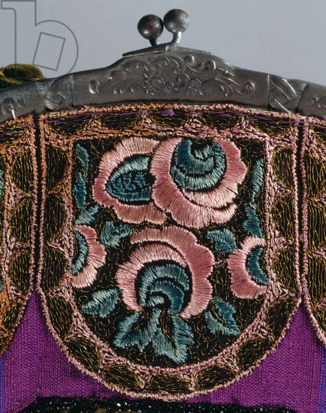 Moire bag with mechanic rose-shaped embroidery, 1928-1930, fashion accessories, Italy, 20th century
