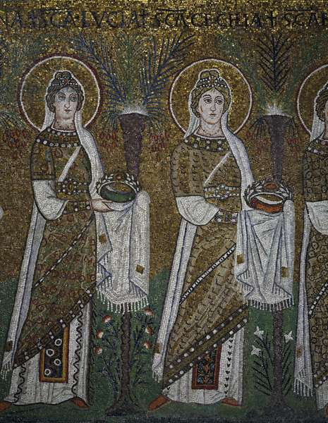 St Lucia and St Cecilia, detail from the Holy Virgins Procession, mosaic, north wall, lower level, Basilica of Sant'Apollinare Nuovo (UNESCO World Heritage List, 1996), Ravenna, Emilia-Romagna. Italy, 6th century.