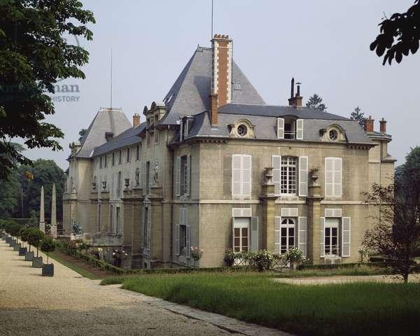 Chateau de Malmaison in Rueil-Malmaison, by architects Pierre-Francois-Leonard Fontaine and Charles Percier, France, 19th century