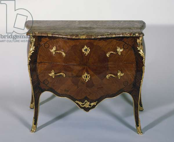 Louis XV style Madagascar rosewood and kingwood marquetry serpentine commode, by Pierre Garnier (1726 or 1727-1806), France, 18th century