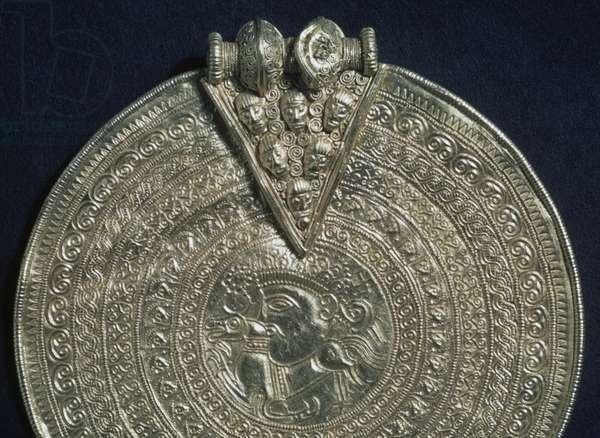 Gold belt buckle, Uppland province, Sweden, Viking civilization, 9th-11th century