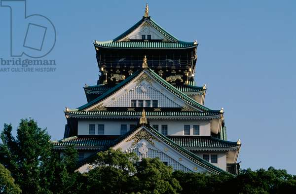 Detail of roof of Osaka Castle, Kansai, Osaka, 16th century, Japan