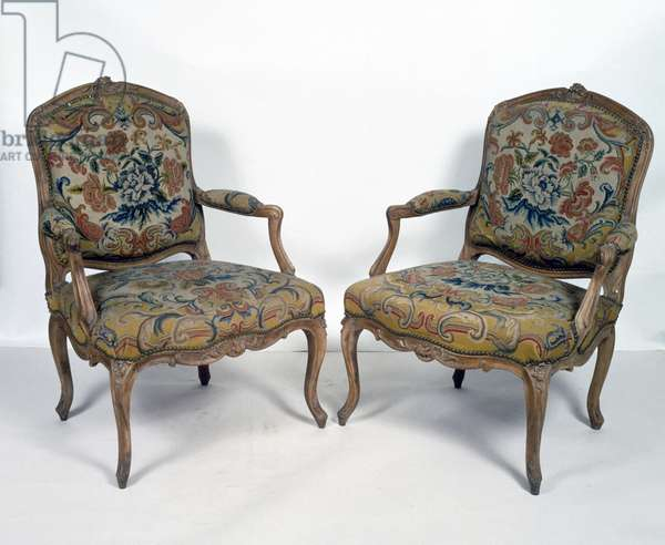 Pair of Louis XV style armchairs, stamped MDLP (Martin de la Porte), France, 18th century
