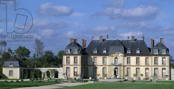 South facade of Chateau de La Motte-Tilly, 1755, by Francois Nicolas Lancret, La Motte-Tilly, Champagne-Ardenne. France, 18th century.