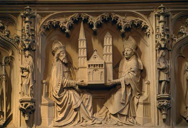 Charlemagne and bishop holding up cathedral, relief in St Peter's cathedral, Bremen, Germany