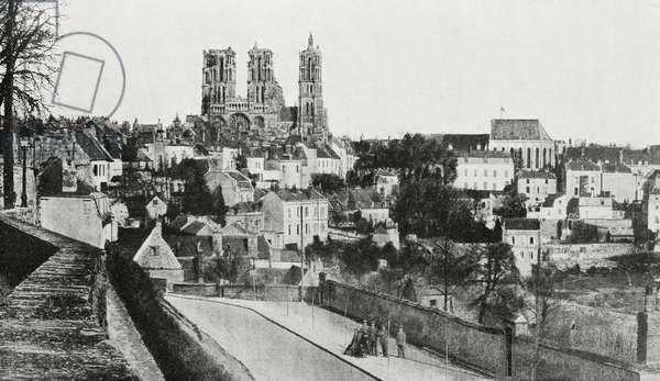 Laon, France, regained by allied troops, view of city in April 1917, World War I, from l'Illustrazione Italiana, Year XLV, No 42, October 20, 1918