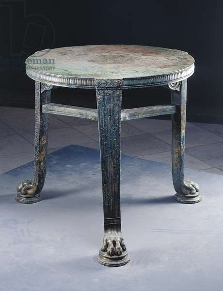 Decorated bronze table, with feline paws, from House of F. Rufus, Pompei