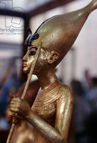 Statue of Tutankhamun wearing crown of Upper Egypt, gilded wood, Treasury of Tutankhamun, 1333-1323 BC, Egypt, Egyptian civilization, New Kingdom, Dynasty XVIII, Detail