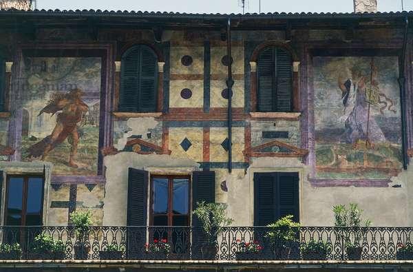 Frescoes from the facade of Casa Mazzini, Piazza delle Erbe, Verona (UNESCO World Heritage List, 2000), Veneto, Italy