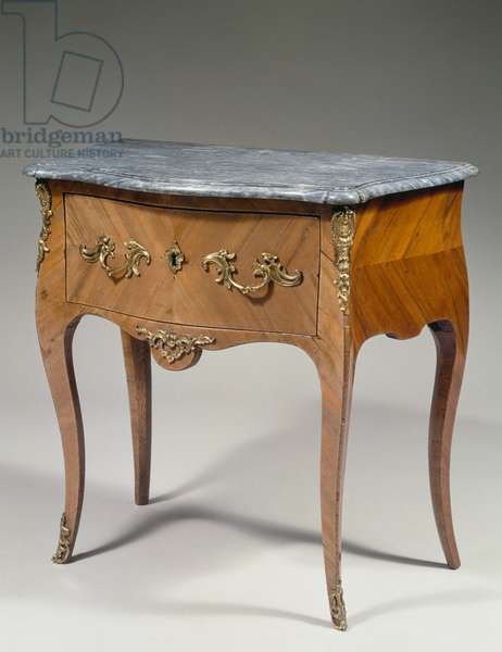 Louis XV style small commode, France, 18th century