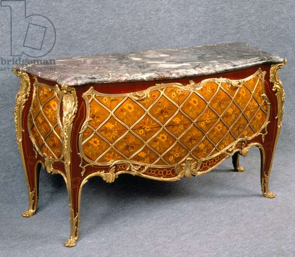 Louis XV style Second Empire (Napoleon III) sycamore commode with flower inlays in boxwood, lemonwood and maple, France, 19th century