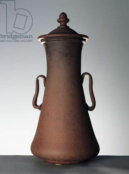 Amphora in imitation of bronze (unknown composition) with knob on the lid and two central handles, ca 1920, by Cimbro Bormioli, Italy, 20th century