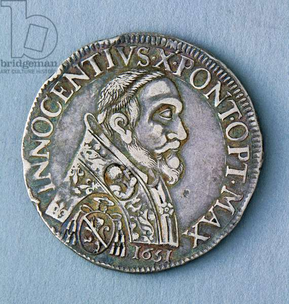 Piastra (coin) of Pope Innocent X (1644-1655), 1651, Avignon mint, Obverse, Papal States, 17th century